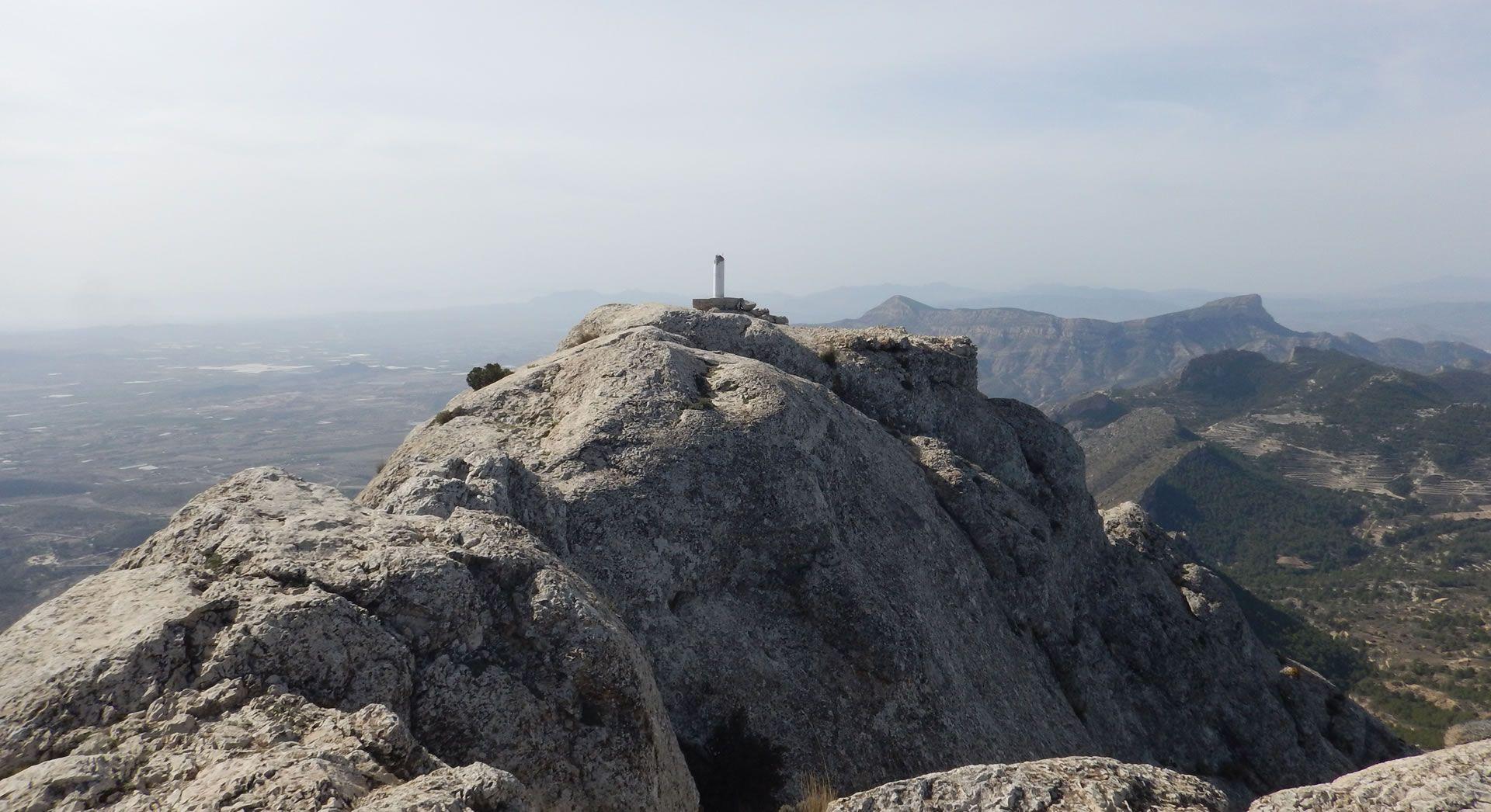 Senderismo: Sierra Maigmó-Cadenas